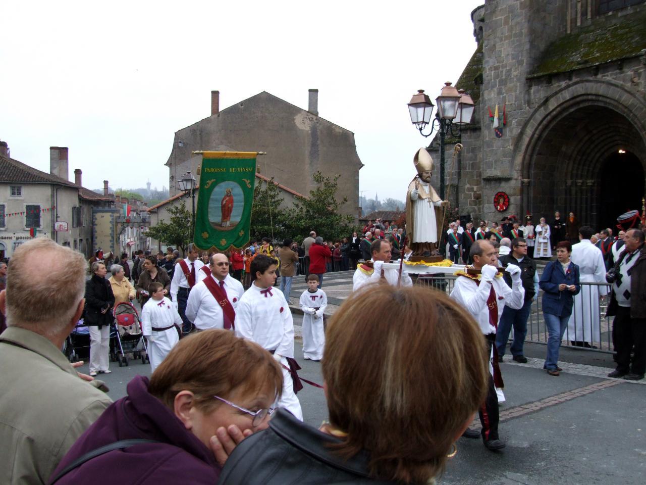2009 04 13 10 arrivée de Dinsac